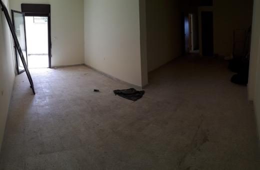 Apartments in Jounieh - شقة للليع في حارة صخر 170م تراس 100م