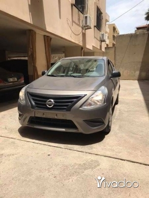 Nissan in Aramoun - Nissan sunny model 2015 very clean one owner low mileage sherki 71/561000
