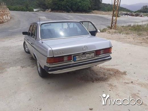 Mercedes-Benz in Bekka - مرسيدس ٢٣٠ موديل٨٣