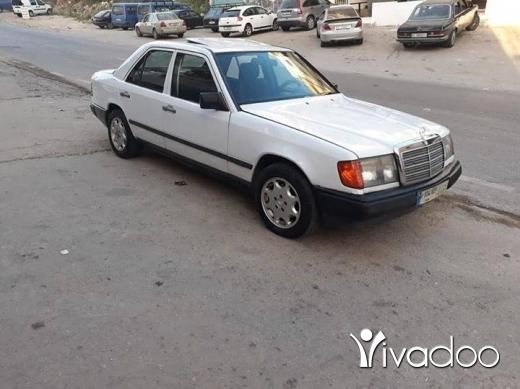 Mercedes-Benz in Sour - مرسيدس 230 موديل 89 و