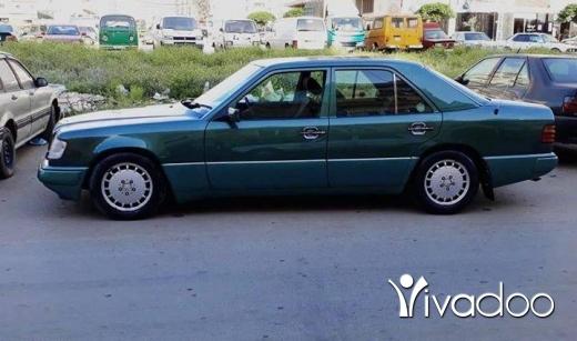 Mercedes-Benz in Tripoli - mercedes E220 mod 94