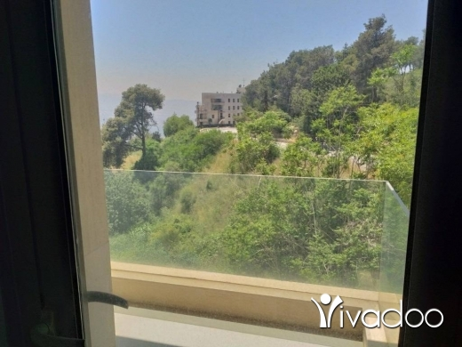 Apartments in Yarzeh - A 235 m2 apartment having an open mountain view for rent in Yarzeh