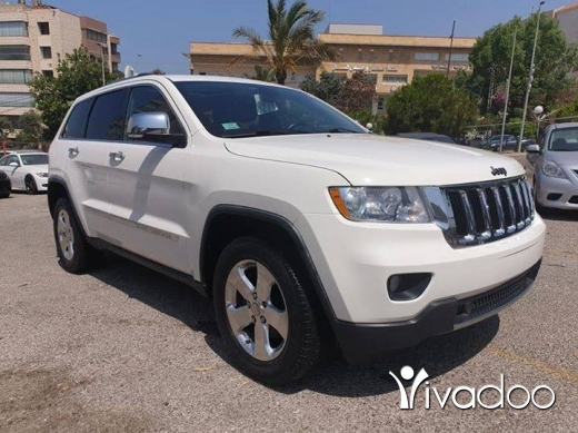 Jeep in Beirut City - 2011 grand cherokee limited 4x4.