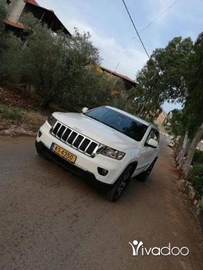 Jeep in Nabatyeh - Sheroki laredo 4×4 full 2011 clean carfax