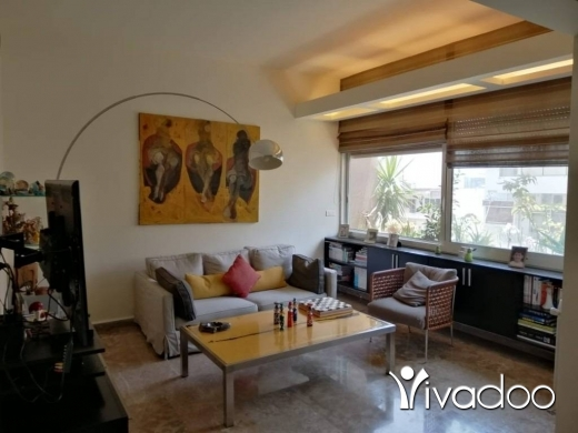 Apartments in Achrafieh - A furnished 270 m2 apartment for sale in Achrafieh