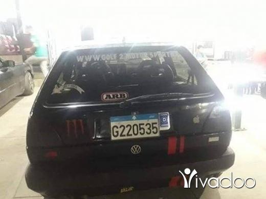 Volkswagen in Halba - غولف ٢ موديل 87 .