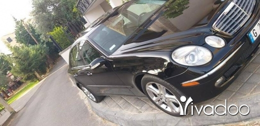 Mercedes-Benz in Zgharta - For sale 2006 e 350 clean car fax khar2a