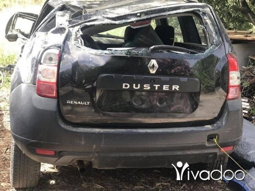 Renault in Port of Beirut - Duster 2015 4whell moter