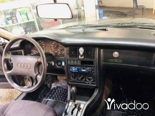 Audi in Achrafieh - سياره اودي 80 موديل ال90