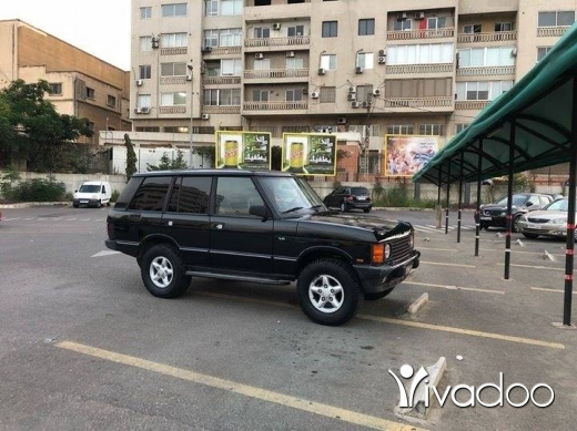 Land Rover in Beirut City - Range Rover Classic 1995