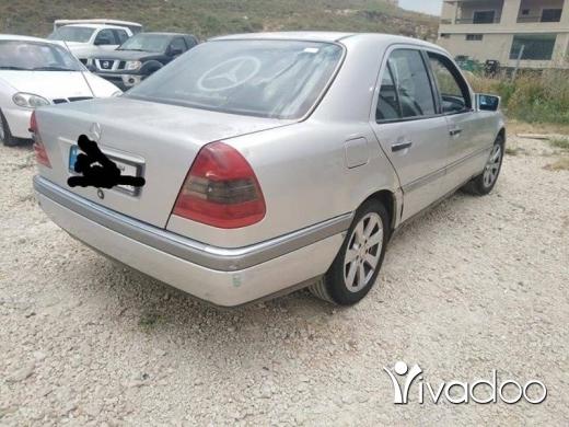Mercedes-Benz in Nabatyeh - Marsedes. 280c.model. 1996