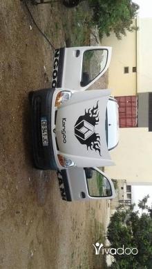 Renault in Menyeh - Renault;Kongo