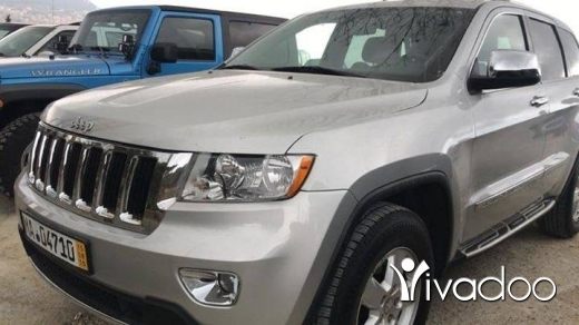 Jeep in Beirut City - Cherokee laredo model 2011