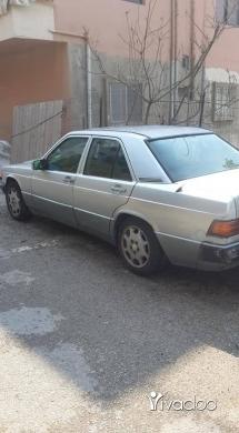 Mercedes-Benz in Port of Beirut - Mercedes 190