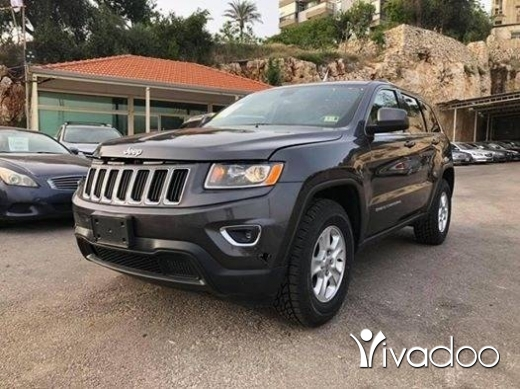 Jeep in Port of Beirut - Grand Cherokee 2015 Grey 4x4 , V6