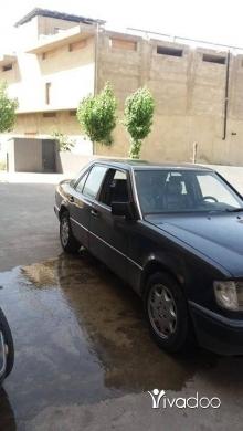 Mercedes-Benz in Zahleh - مارسيدس ٣٠٠ سته سلندر مسجلهزحله المدينه الصناعيه
