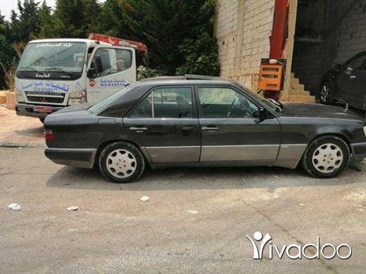 Mercedes-Benz in Nabatyeh - Mercedes 300 model 91 tlfo.