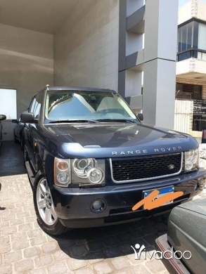 Land Rover in Beirut City - range rover Vogue 2003