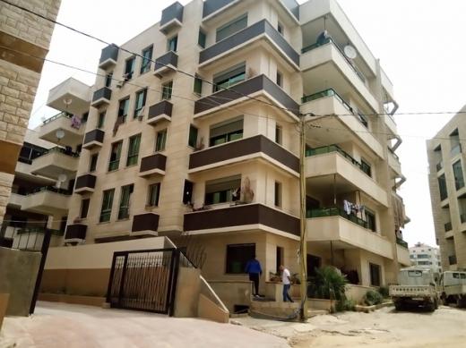 Apartments in Aramoun - غرف عدد 5 + غرفة خادمة - بناء جديد شقة غير مسكونة تشطيب دولوكس