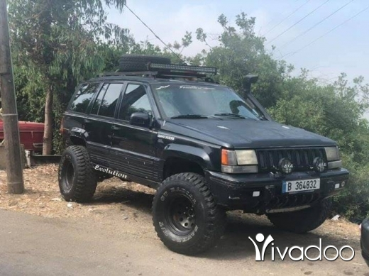 Jeep in Beirut City - Grand cherokee 1994