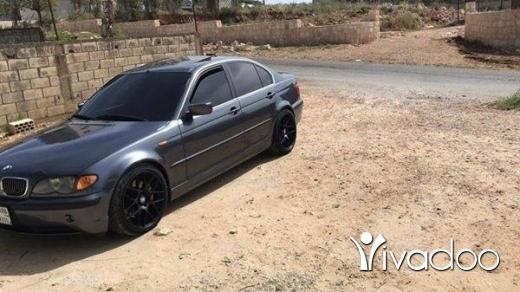BMW in Nabatyeh - 330 sayara mayaze 2003