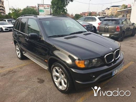 BMW in Beirut City - 2002 bmw x5 black 6cylinders.