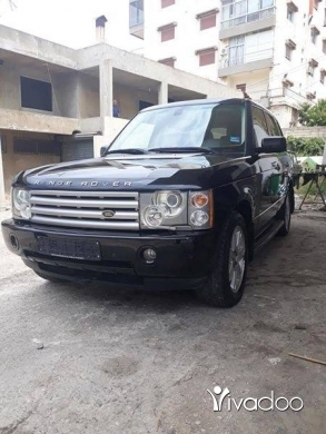 Rover in Zgharta - Range rover vogue 2005.