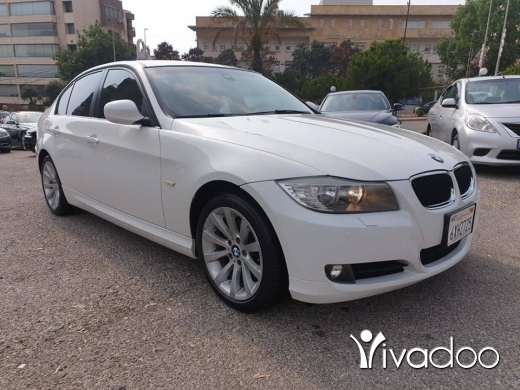 BMW in Beirut City - 2011 bmw 328i e90. Facelift. White on basket.