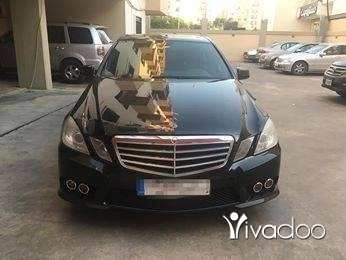 Mercedes-Benz in Tripoli - Mercedes e 320 2010