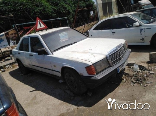 Mercedes-Benz in Abou Samra - Mercedes 300