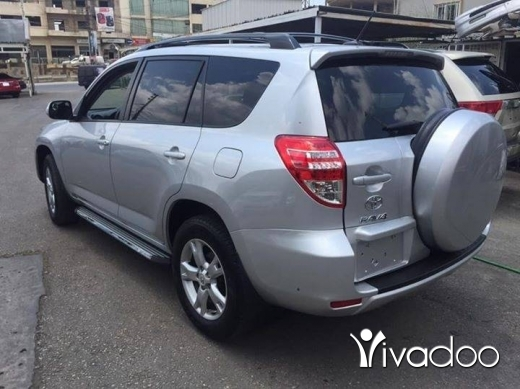 Toyota in Zefta - RAv 4