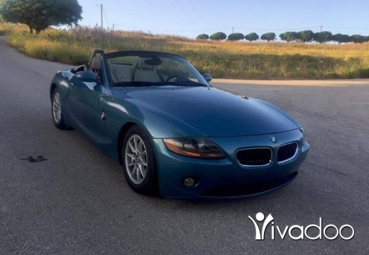 BMW in Nabatyeh - Bmw z4 model 2004 full option enkad mechye 65000 ktr ndife ma fiha 7awedis