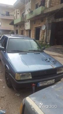 Renault in Akkar el-Atika - سيارة