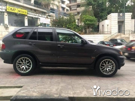 BMW in Beirut City - Bmw X5 3.0 model 2003