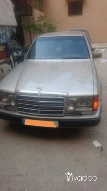 Mercedes-Benz in Tripoli - مرسيدس 300 مازوت
