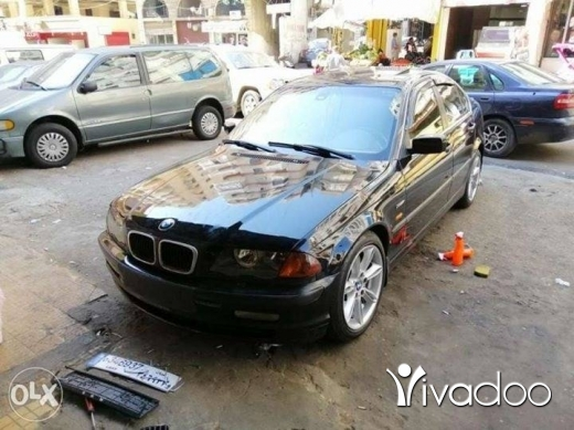 BMW in Beirut City - BMW nou boy 330 2002