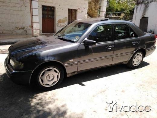 Mercedes-Benz in Nabatyeh - C220 Mercedes