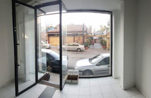 Shop in Furn Al Chebak - Shop for rent in Furn el Chebbak