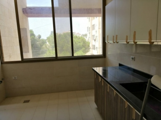 Apartments in Bchamoun - للايجار شقة 170م2 بي بشامون