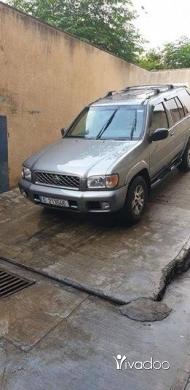 Nissan in Menyeh - pathfander 2000