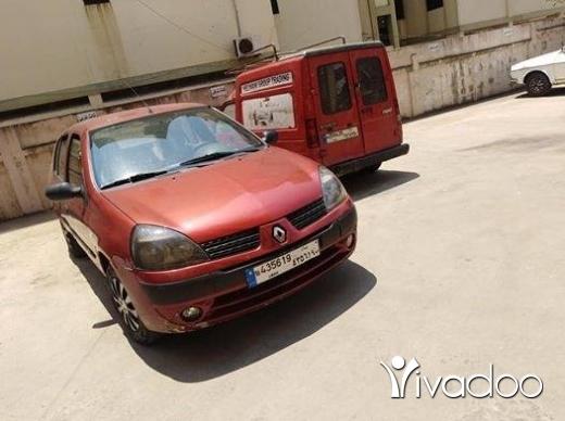 Renault in Tripoli - renault clio 2006