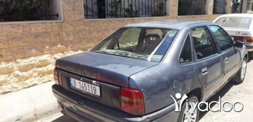 Opel in Tripoli - اوبل فيكترا موديل 95 اربع كهرباء مركزي مسجلة باسمي