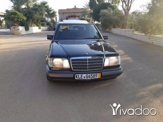 Mercedes-Benz in Zgharta - E220 model 1994 fat7a Ac abs asd kayen sherki
