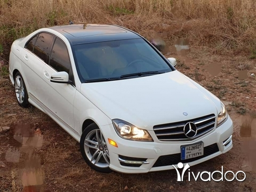 Mercedes-Benz in Jiyeh - Mercedes c250 2012