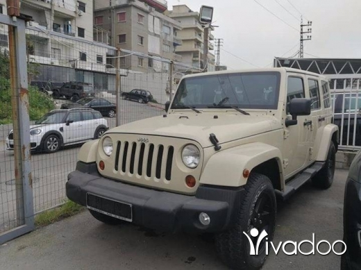 Jeep in Beirut City - Jeep wrangler sahara unlimited