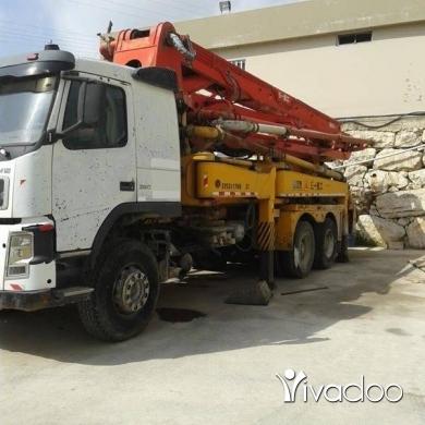 Trucks in Jbeil - جبالتين ومضخه للبيع