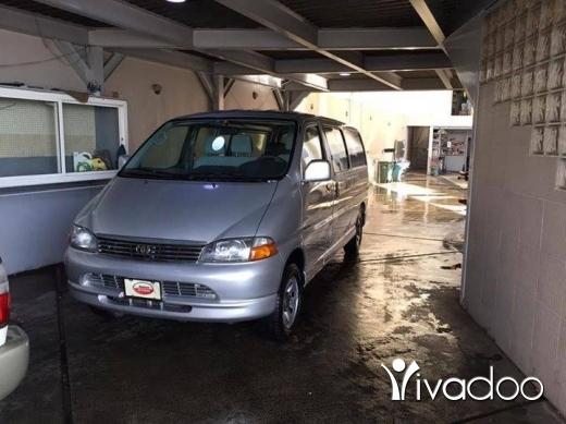 Vans in Halba - تويوتا هايس ٢٠٠٨ مكيفة ١٤ راكب ٤×٤ بعدها اجنبية