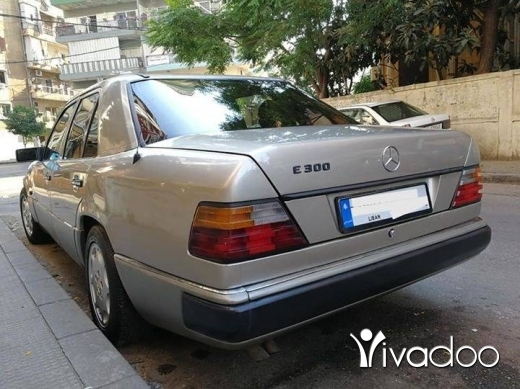 Mercedes-Benz in Saida - 300صندوق 260