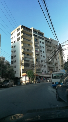 Apartments in Kfar Yassine - Flat For Sale 1 minute away from the highway