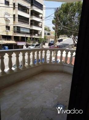 Apartments in Beirut City - شقه منفوضه بالكامل جديد بدوحه عرمون طلعه الرمال ط١